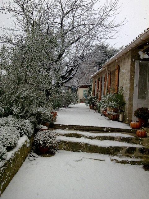 Snø i Cucuron